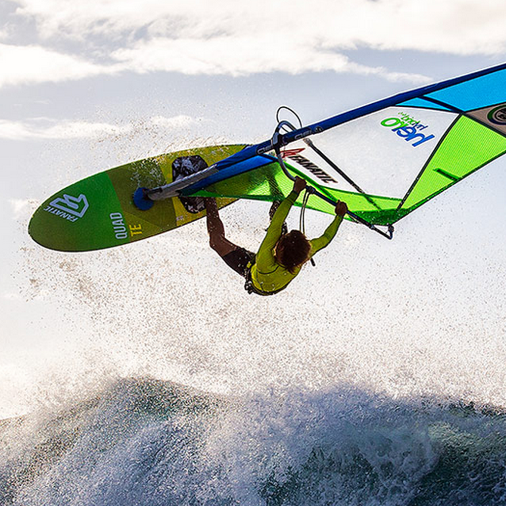 Fanatic-Quad-Windsurf-board-2016-Team-Edition-Action.png