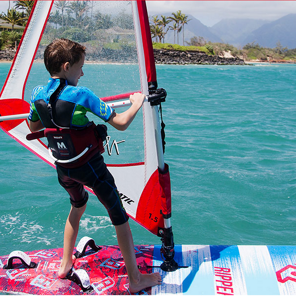 Fanaitc-Ripper-Windsurfing-Board-2016-Action.png