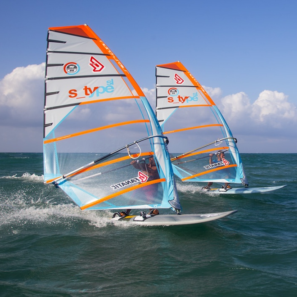 S-Type-SL-2017-Windsurfing-Sail-action1.png