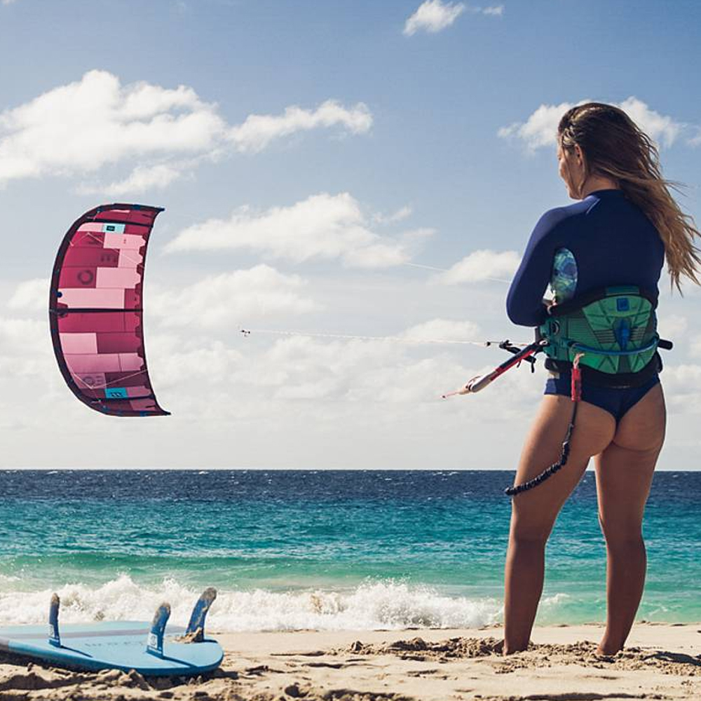 ION-KITE-ACTION-Ladies-7