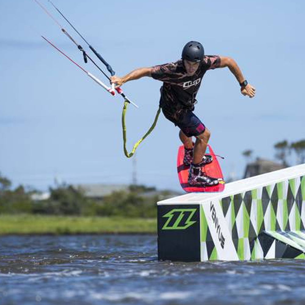 North-Gambler-Kiteboard-2016-image3.png