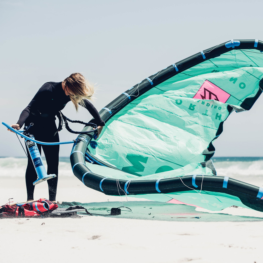North-Mono-2018-Kitesurfing-kite-action3
