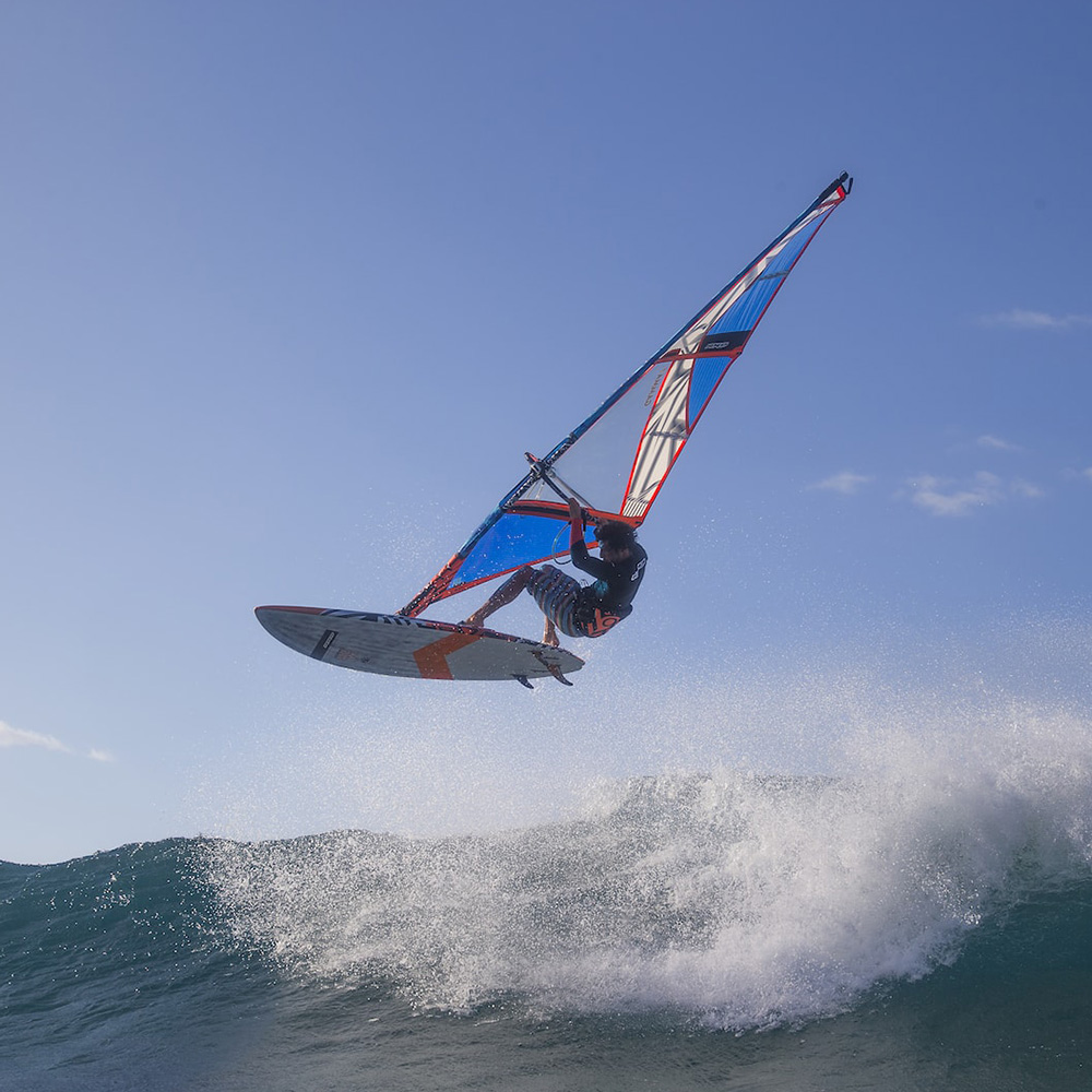 2018_RRD-WINDSURF_Hardcore_Wave_Ltd_V6_0009_Action2