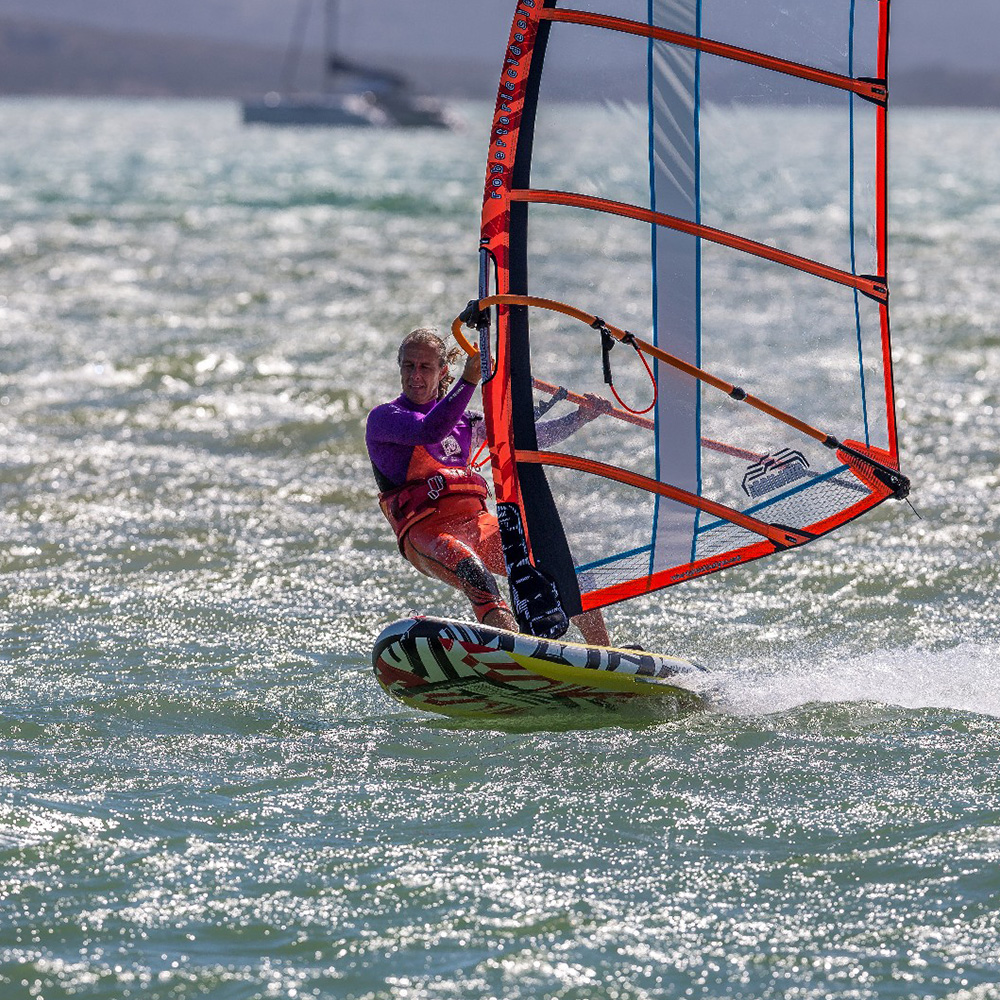 2018_RRD_AIRWINDSURF_FREERIDE_0001_Action