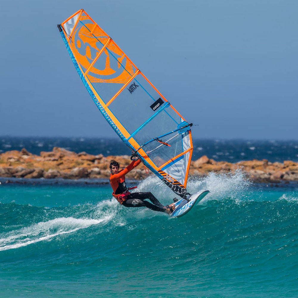2018_RRD_WINDSURF_Firemove_0001_Action1