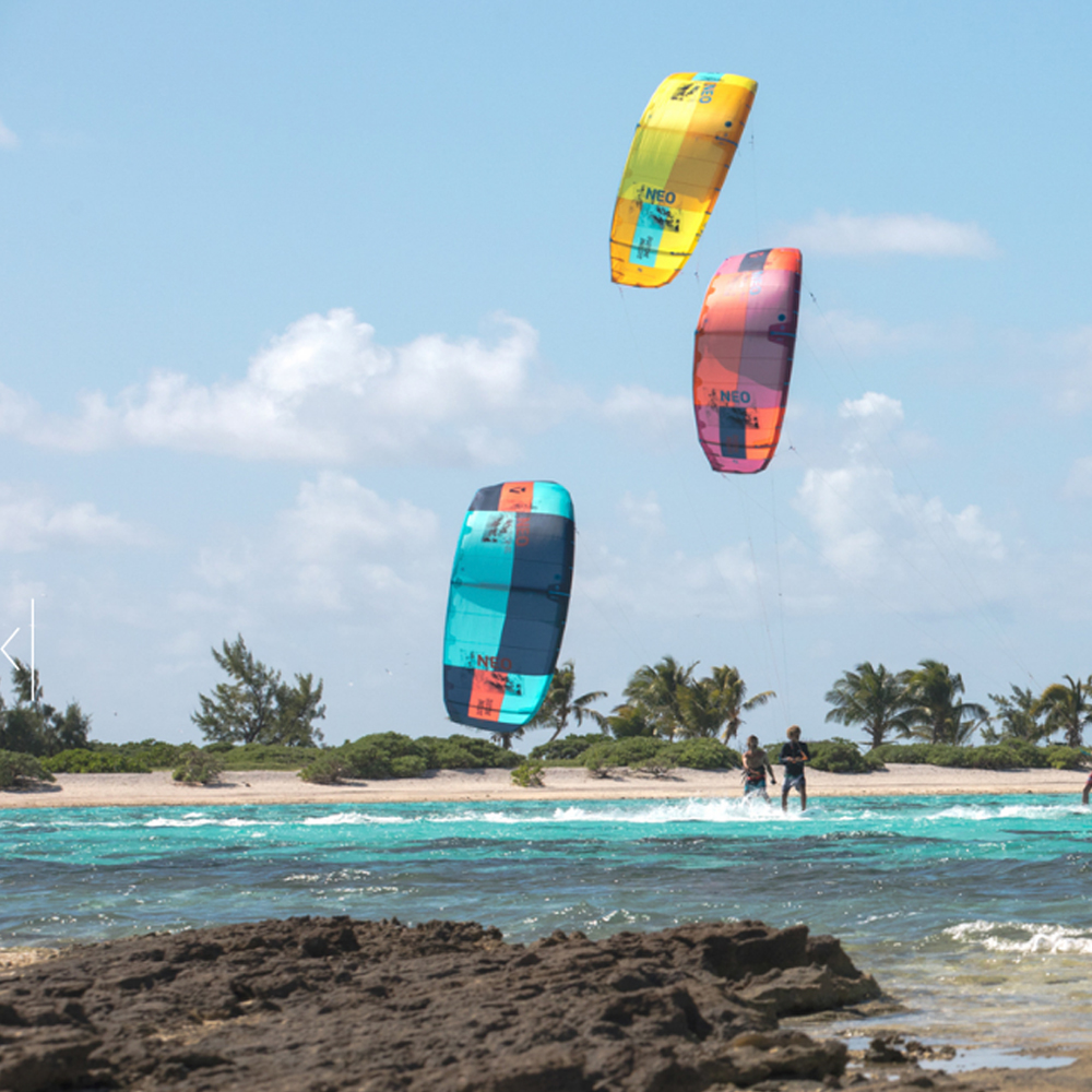 Duotone-Nugget-CSC-2019-Kiteboard-ACTION