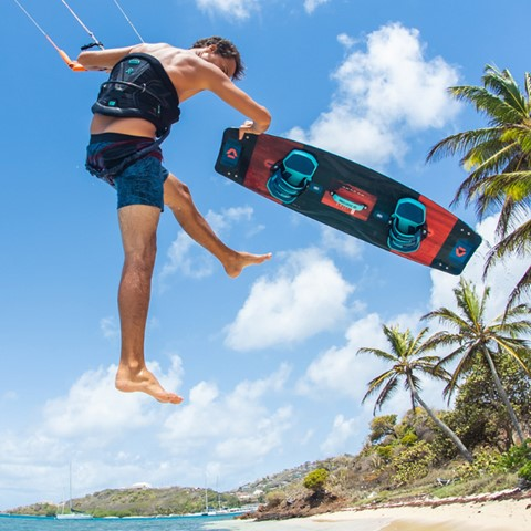 Duotone-Select-2019-Kiteboard-action1