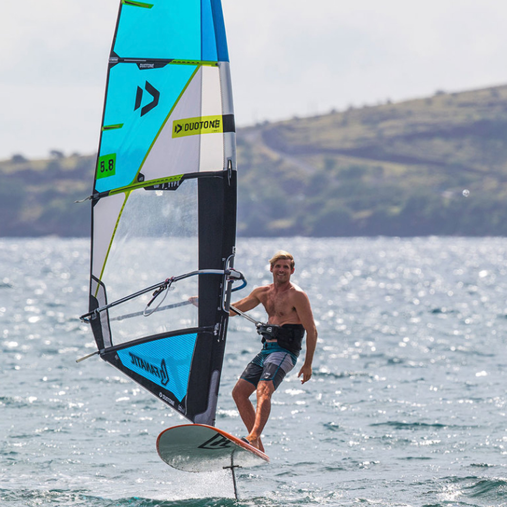 Duotone-FType-Windsurfing-Sail-2019-action
