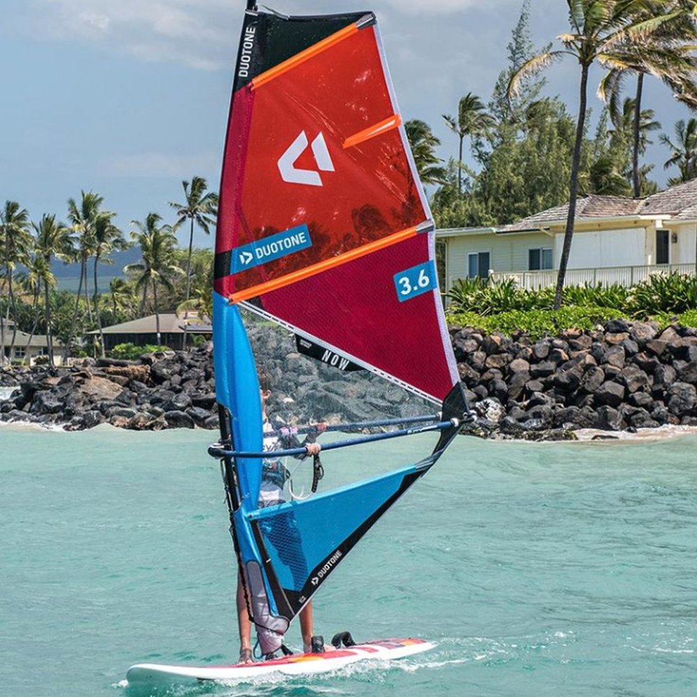 Duotone-NOW-Windsurfing-Sail-2019-action1