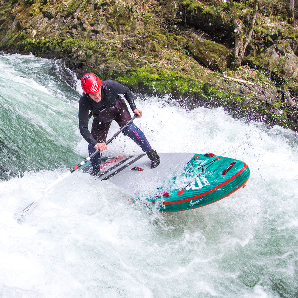 H20_Fanatic_19_SUP_AIr_Rapid_Touring_Action