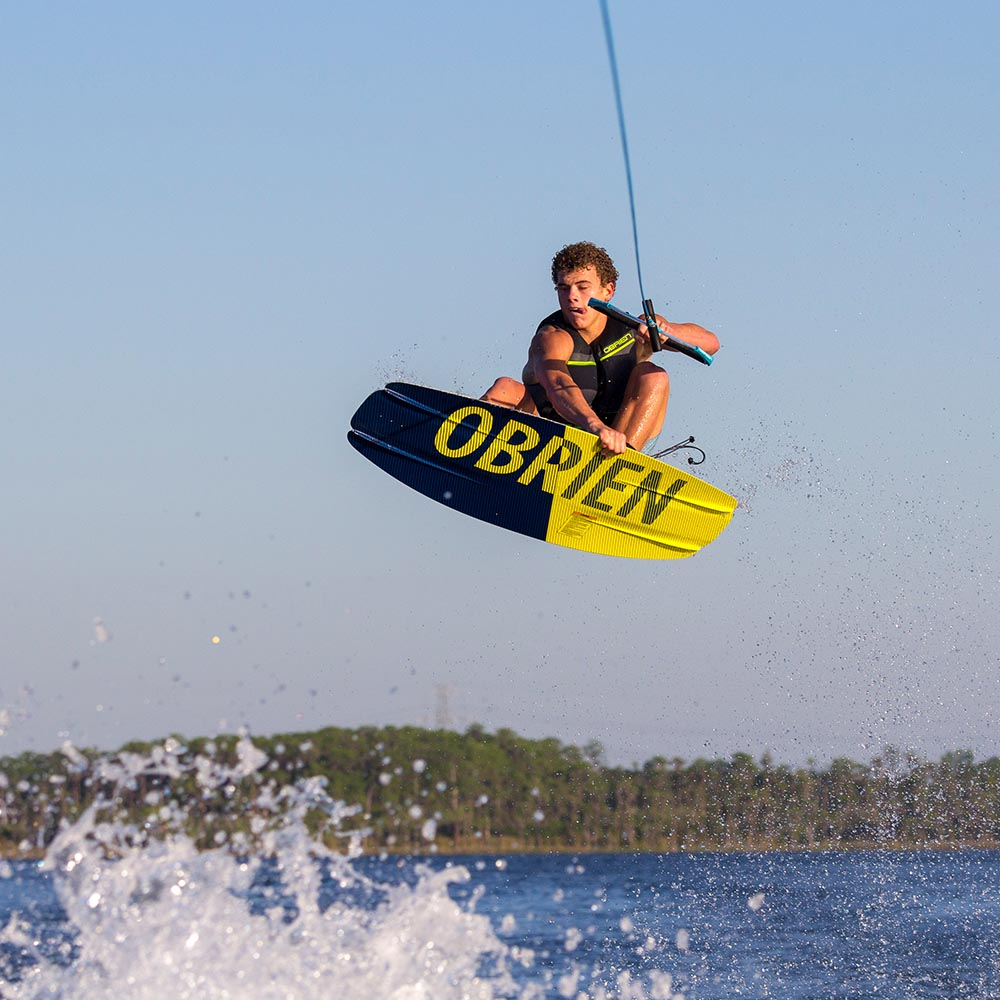 Package-action-h20_0005_2019-Obrien-Ratio-Wakeboard-Jake-Hill-4