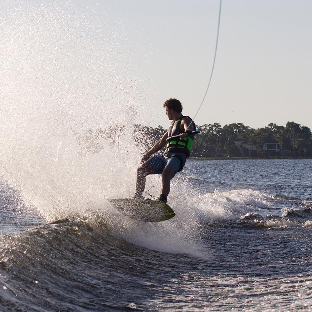 Package-action-h20_0006_2019-Obrien-Ratio-Wakeboard-Jake-Hill-5