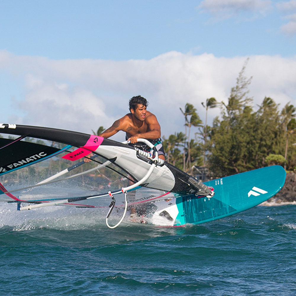 Fanatic-BLAST-LTD-windsurf-board-2020-Action1