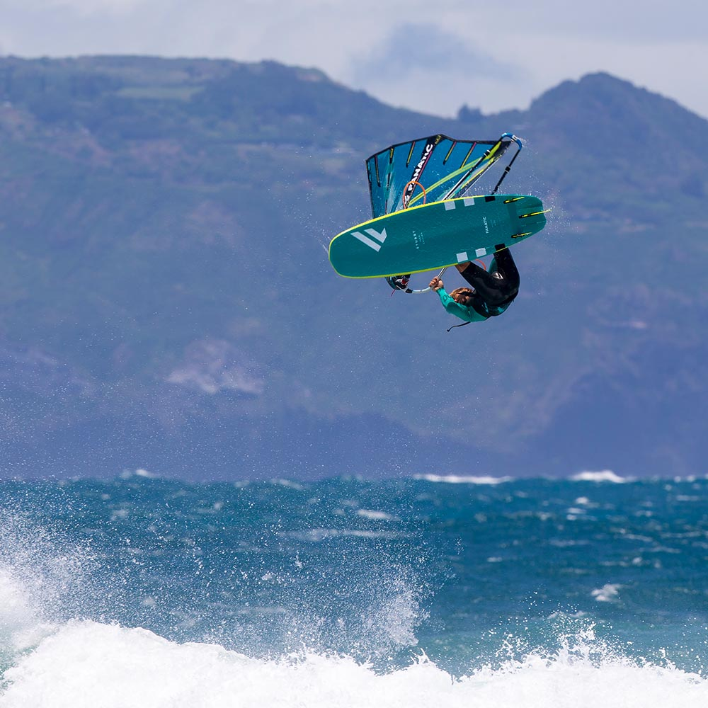 ION-2020-Action_0003_Windsurf