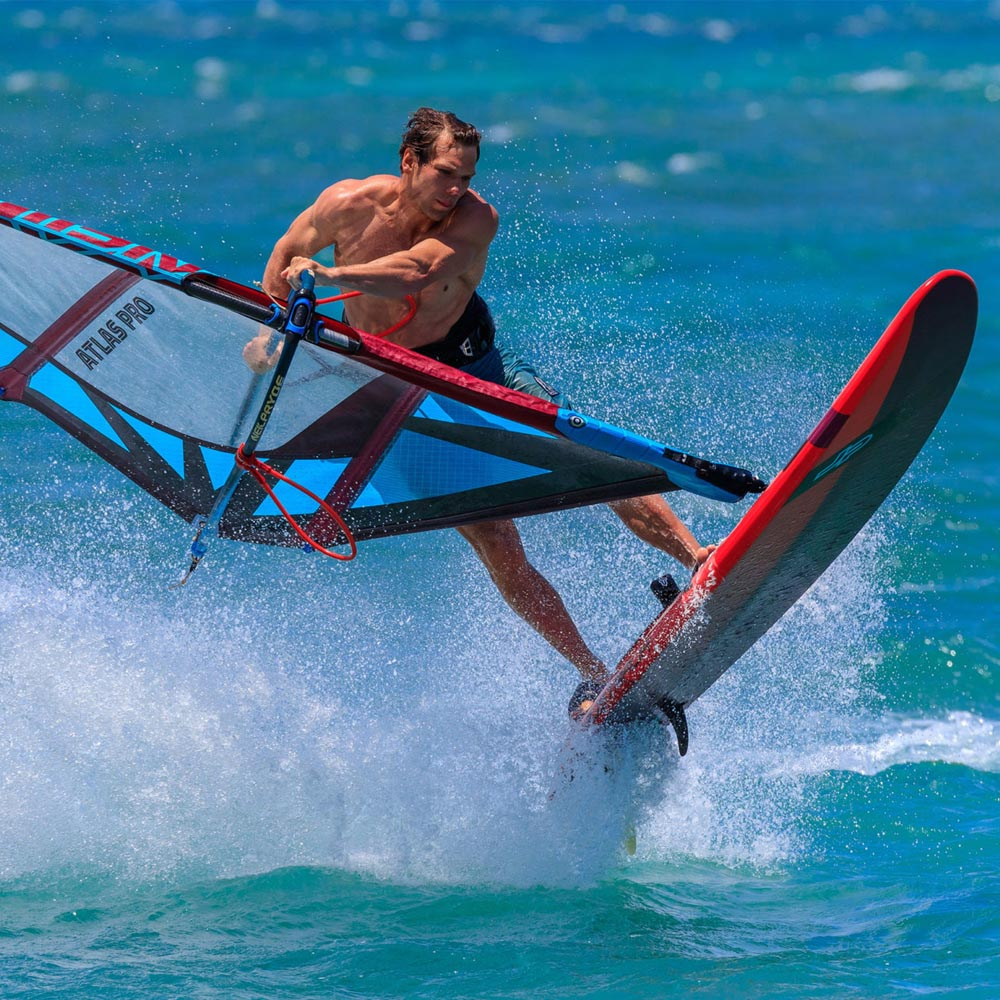 2020-JP-Windsurf-H2O_0099_Freestyle-Wave